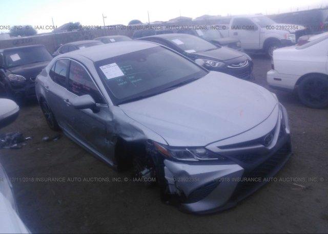 4t1b11hk1ju016103 Salvage Silver Toyota Camry At Phoenix Az On
