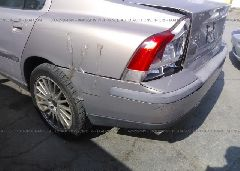 2002 Volvo S60 - YV1RS53D922122290 detail view
