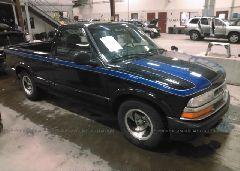 1998 Chevrolet S TRUCK - 1GCCS1448W8171342 Left View