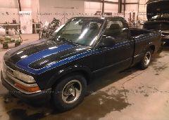 1998 Chevrolet S TRUCK - 1GCCS1448W8171342 Right View