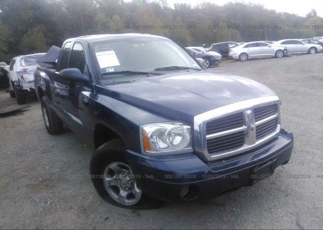 Inventory #793058678 2005 Dodge DAKOTA