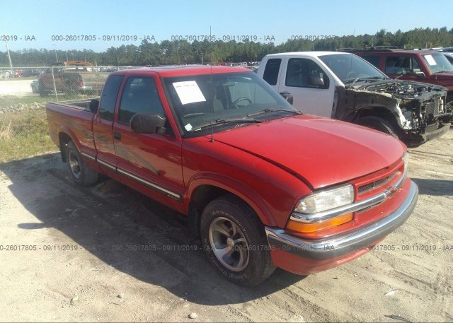 Inventory #819415821 2001 Chevrolet S TRUCK