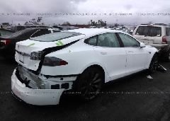2014 Tesla MODEL S - 5YJSA1H19EFP52944 rear view