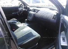 2005 Nissan MURANO - JN8AZ08W65W427615 close up View