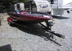 2011 STRATOS BASS BOAT