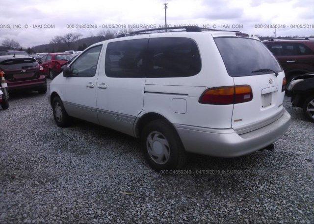 1998 Toyota SIENNA - 4T3ZF13C5WU023571