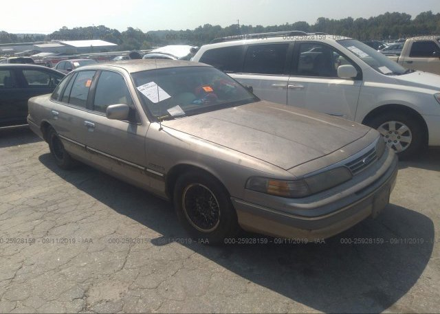 Inventory #749025844 1994 FORD CROWN VICTORIA