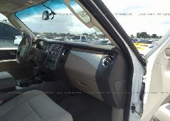 2013 FORD EXPEDITION - 1FMJU1F51DEF30791 close up View