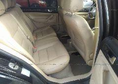 2005 Volkswagen JETTA - 3VWSE69M85M061584 front view