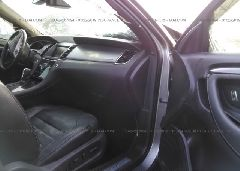 2013 FORD TAURUS - 1FAHP2KT7DG190433 close up View