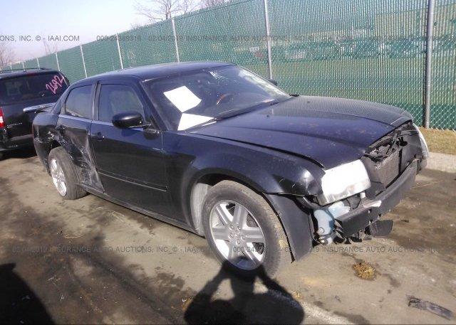 Inventory #821228396 2005 Chrysler 300