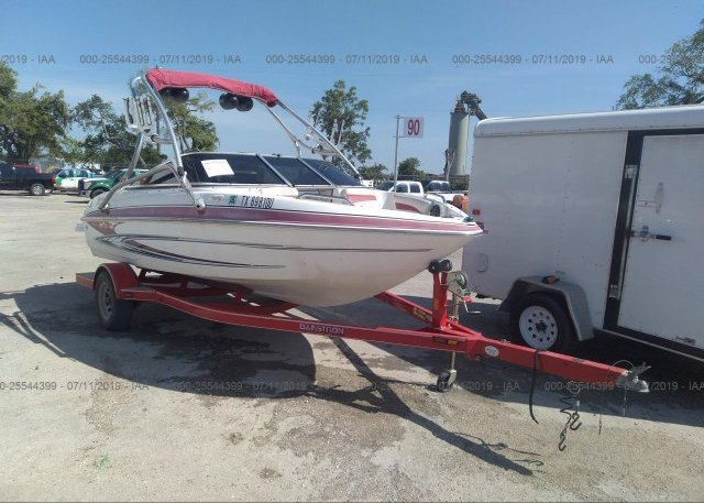 2009 GLASTRON BOAT AND TRAILER