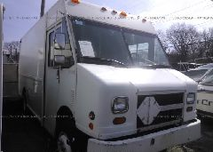 1997 FREIGHTLINER CHASSIS - 4UZA4FF47VC646448 Left View