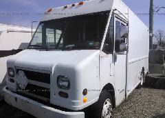 1997 FREIGHTLINER CHASSIS - 4UZA4FF47VC646448 Right View