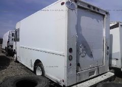 1997 FREIGHTLINER CHASSIS - 4UZA4FF47VC646448 [Angle] View