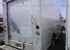 1997 FREIGHTLINER CHASSIS - 4UZA4FF47VC646448 rear view