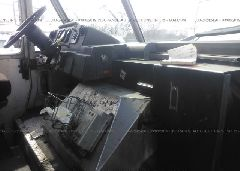 1997 FREIGHTLINER CHASSIS - 4UZA4FF47VC646448 close up View