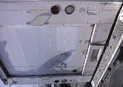 1997 FREIGHTLINER CHASSIS - 4UZA4FF47VC646448 inside view