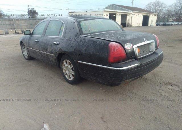купить 2010 LINCOLN TOWN CAR 2LNBL8CV9AX613979