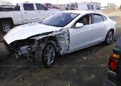 2013 Tesla MODEL S - 5YJSA1CN6DFP08652 Right View