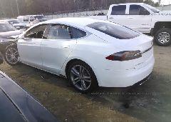 2013 Tesla MODEL S - 5YJSA1CN6DFP08652 [Angle] View