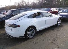 2013 Tesla MODEL S - 5YJSA1CN6DFP08652 rear view