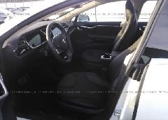 2013 Tesla MODEL S - 5YJSA1CN6DFP08652 close up View