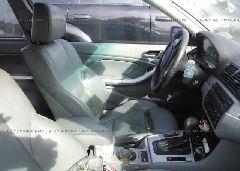 2005 BMW 325 - WBABD33405PL06575 close up View