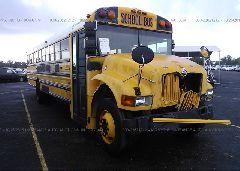 2002 INTERNATIONAL 3000 SCHOOL BUS