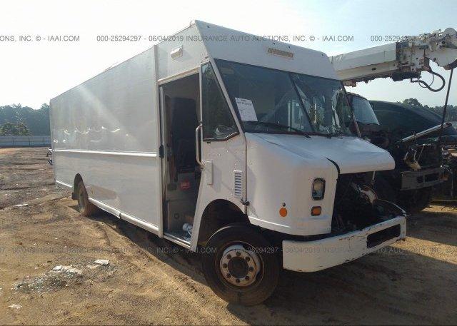 5B4KPD28183432028, Salvage - Dealer Only Workhorse Custom
