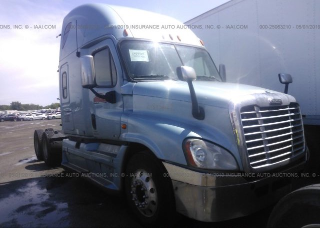 Inventory #946154054 2012 FREIGHTLINER CASCADIA 125