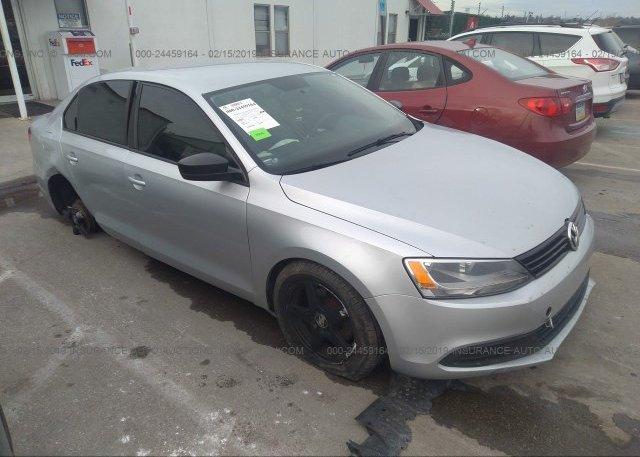 Inventory #468914432 2011 Volkswagen JETTA