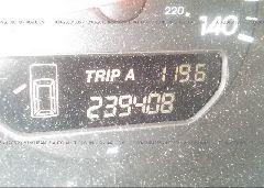 2002 Acura MDX - 2HNYD18652H515106 inside view
