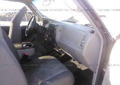 2002 Mazda B3000 - 4F4YR12U52TM19968 close up View