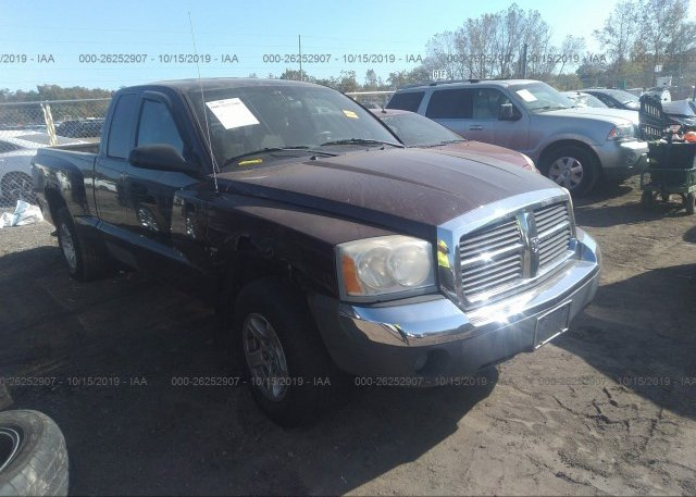 Inventory #323040801 2005 Dodge DAKOTA