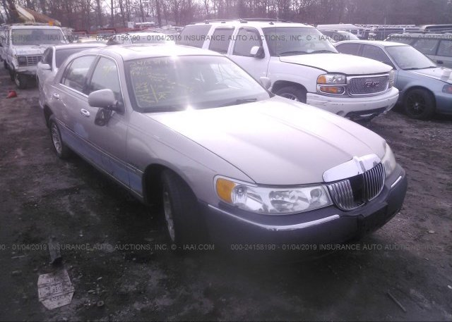 Inventory #796364143 1999 Lincoln TOWN CAR