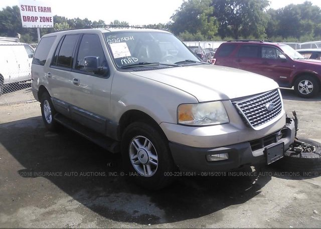 Inventory #886327338 2004 FORD EXPEDITION