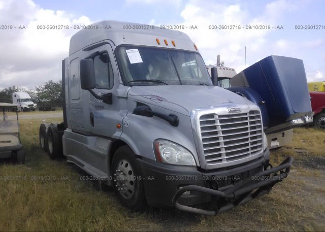 Freightliner San Antonio >> 3akjghdv5fsgg5614 Clear Gray Freightliner Cascadia 113 At