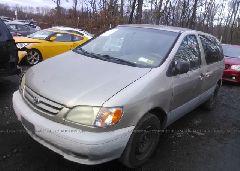 2001 Toyota SIENNA - 4T3ZF19C41U393054 Right View