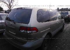 2001 Toyota SIENNA - 4T3ZF19C41U393054 rear view