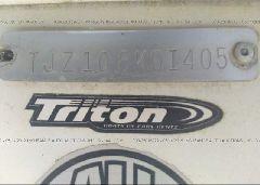 2005 TRITON OTHER - XXXXXTJZ108K0I405 engine view