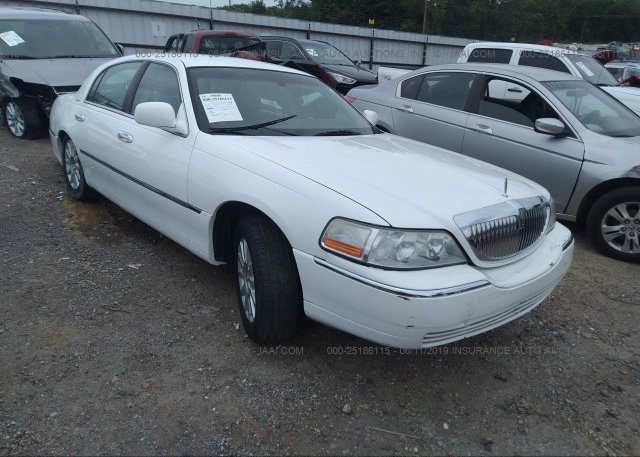Inventory #409767099 2006 Lincoln TOWN CAR