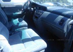 2000 Honda ODYSSEY - 2HKRL1865YH000832 close up View