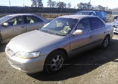 1999 Honda ACCORD - 1HGCG5649XA037781 Right View