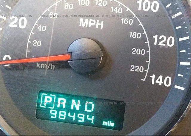 1J8HH58N46C233596, Salvage white Jeep Commander at PHOENIX, AZ on