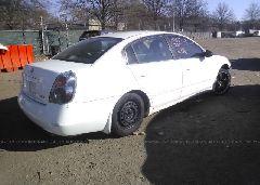 2005 Nissan ALTIMA - 1N4AL11D75N914815 rear view
