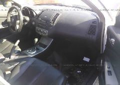 2005 Nissan ALTIMA - 1N4AL11D75N914815 close up View