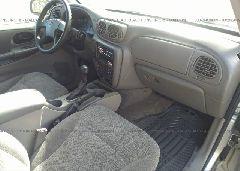 2004 Chevrolet TRAILBLAZER - 1GNDS13S042322783 close up View