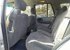 2004 Chevrolet TRAILBLAZER - 1GNDS13S042322783 front view