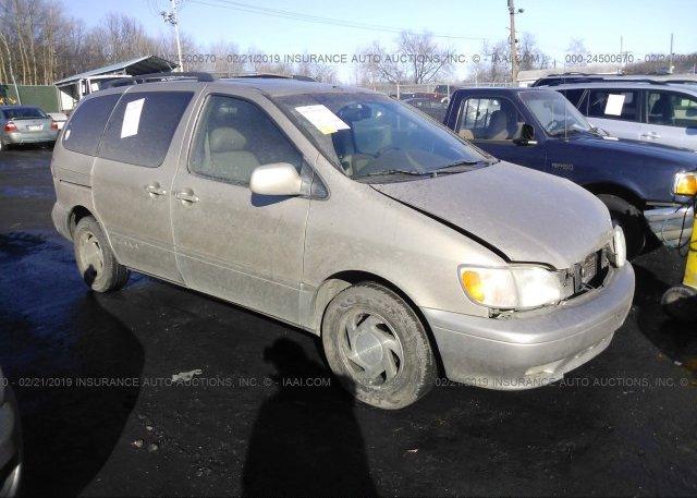 Inventory #763969703 2002 Toyota SIENNA